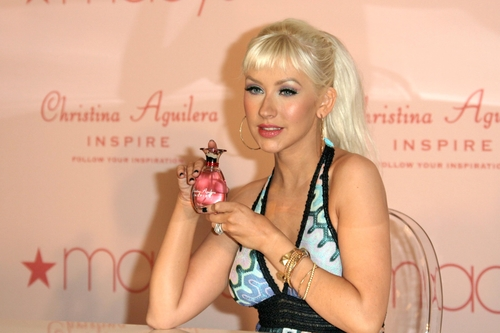 Christina Aguilera at an in store launch event to promote her new perfume 'Inspire'. Macy's Glendale Galleria, Glendale, CA. 12-05-08